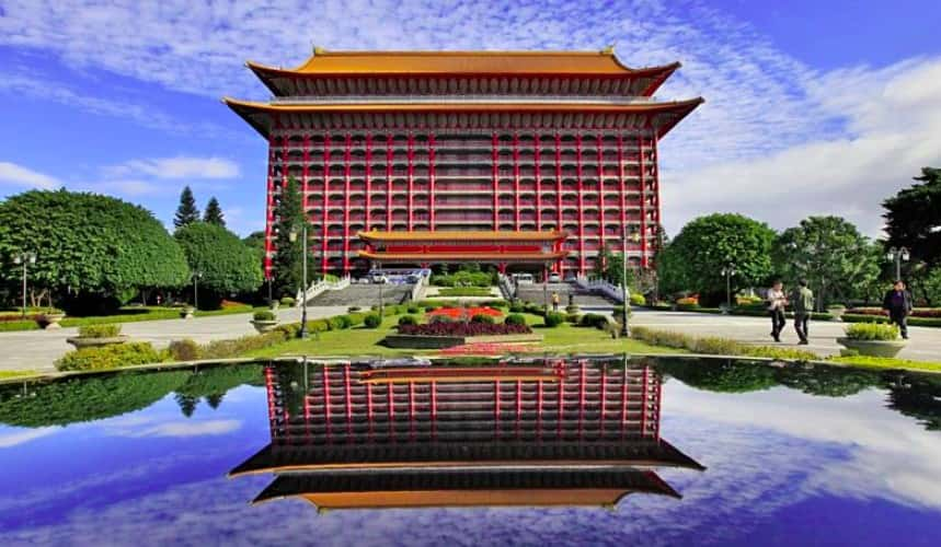 Ngành khách sạn du lịch