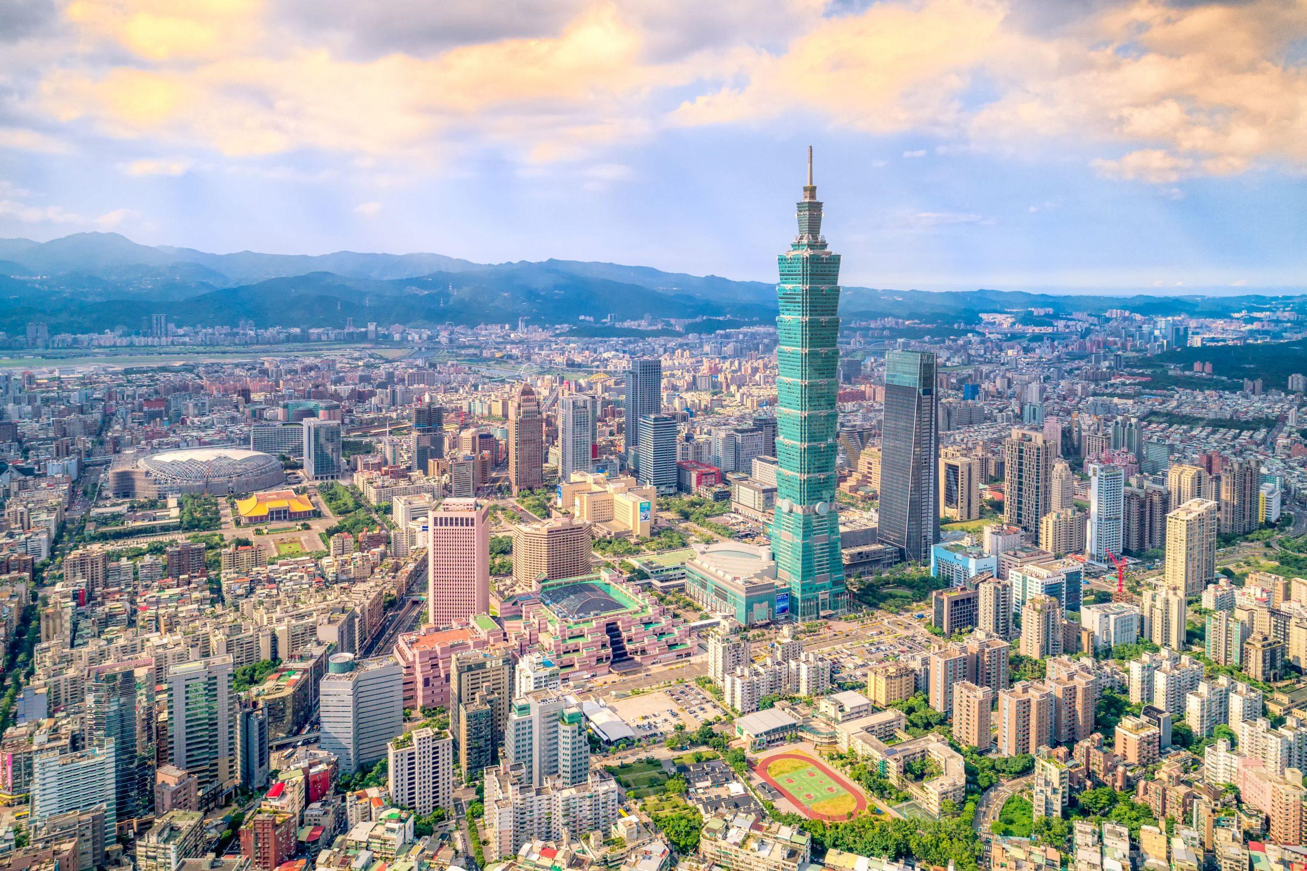 Đài Loan là một hòn đảo nằm tại khu vực Đông Á.