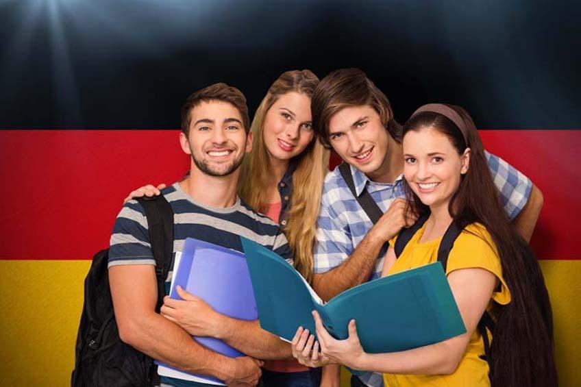 Chính phủ Đức có nhiều chương trình học bổng dành cho sinh viên quốc tế.