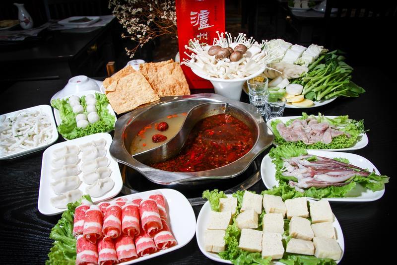 Món lẩu Tứ Xuyên vang danh với vị cay đặc trưng.