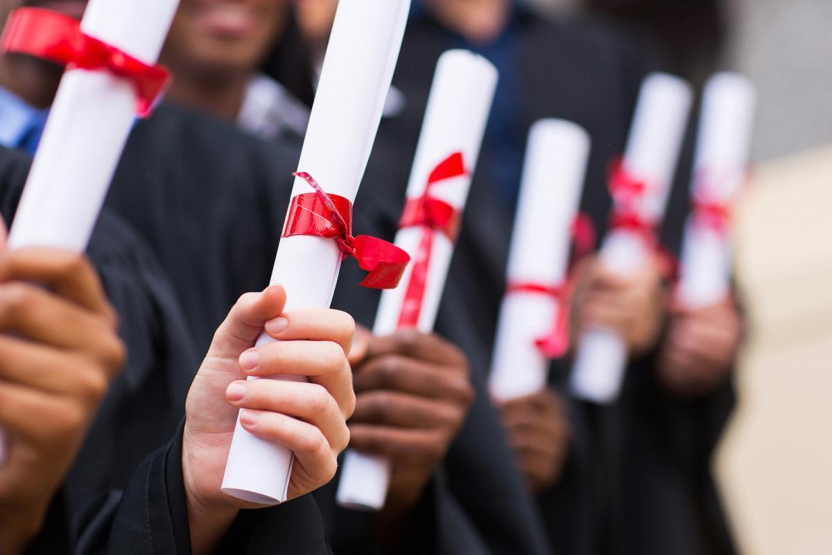 Học bổng du học Singapore do chính phủ cấp có độ cạnh tranh cao.