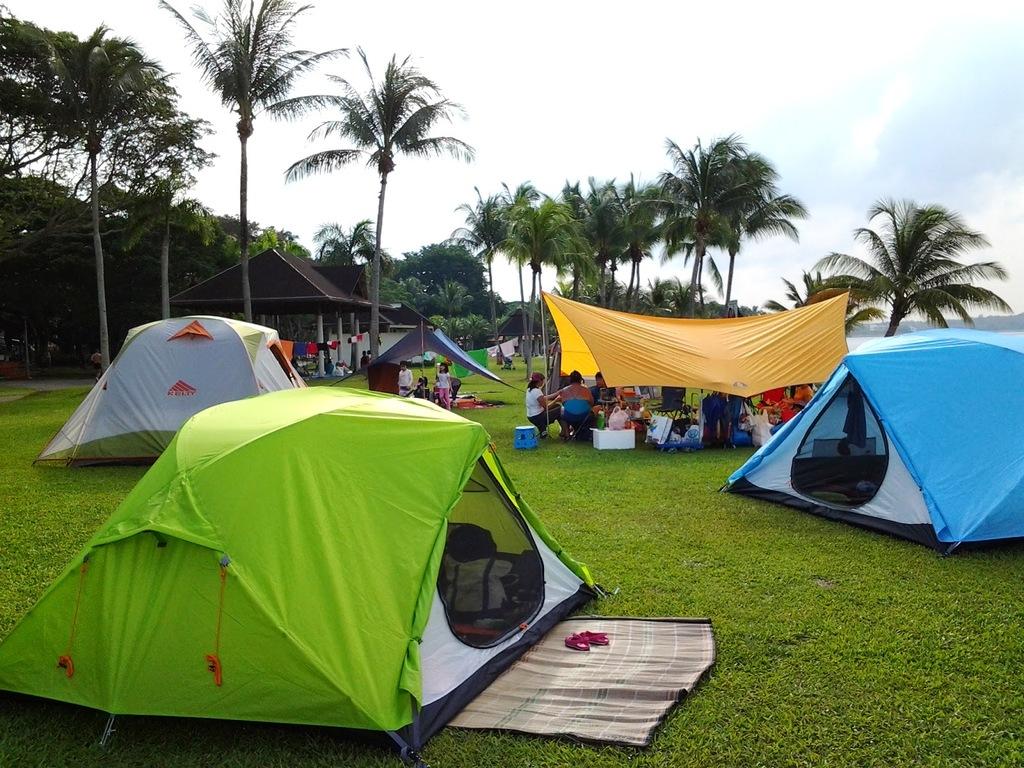 Các hoạt động vui chơi, cắm trại diễn ra thường xuyên trong suốt khóa học.