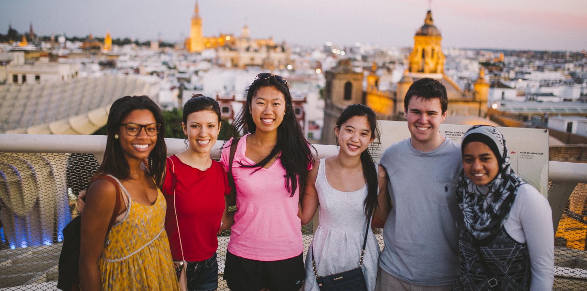 Du học hè là cơ hội để học sinh có những trải nghiệm học tập, vui chơi thú vị.
