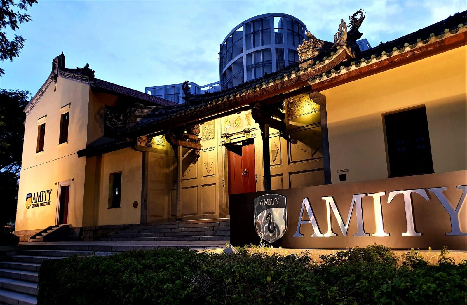 Cơ sở chính của học viện Amity Singapore tọa lạc tại House of Tan Yeok Nee.