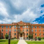 Đại học Alberta.