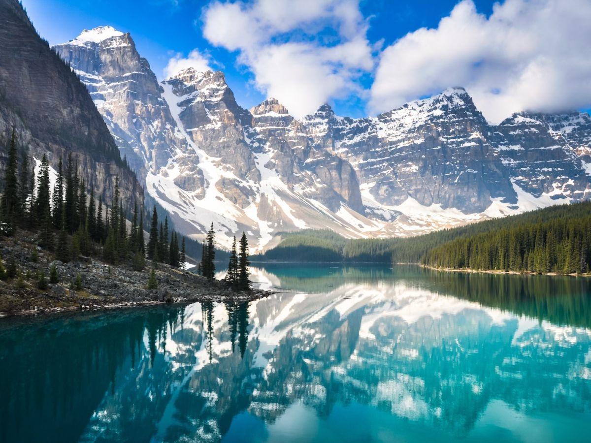 Alberta, Canada với những danh lam thắng cảnh tuyệt đẹp.