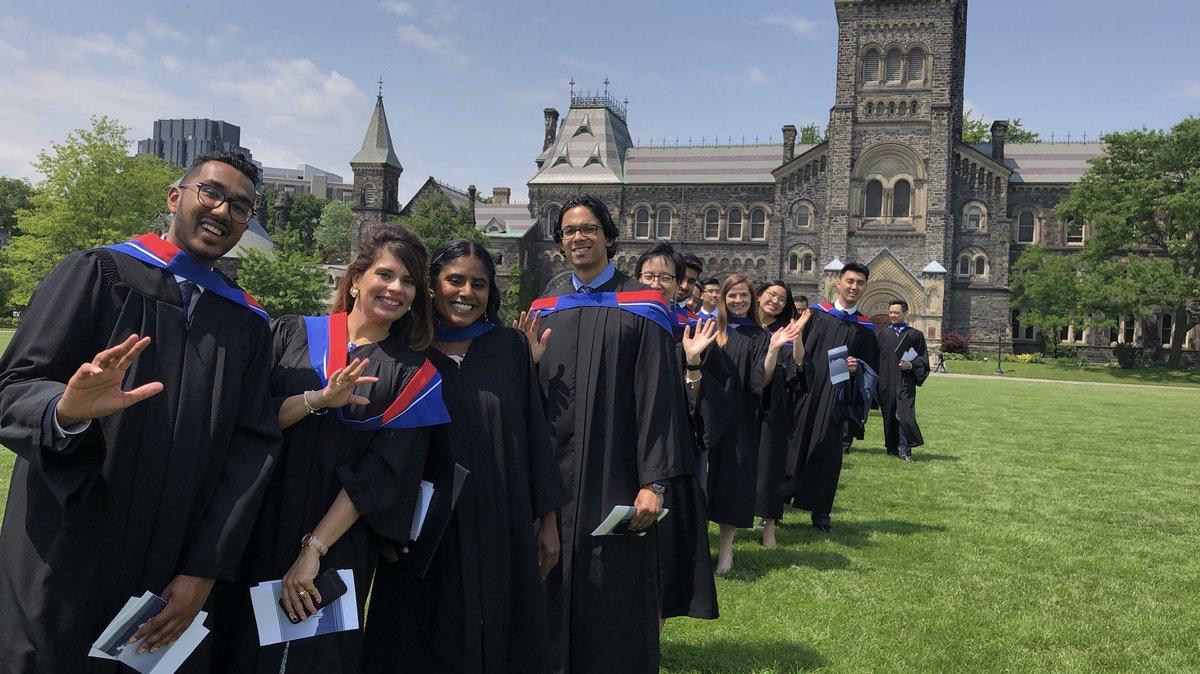 University of Toronto cung cấp nhiều suất học bổng giá trị