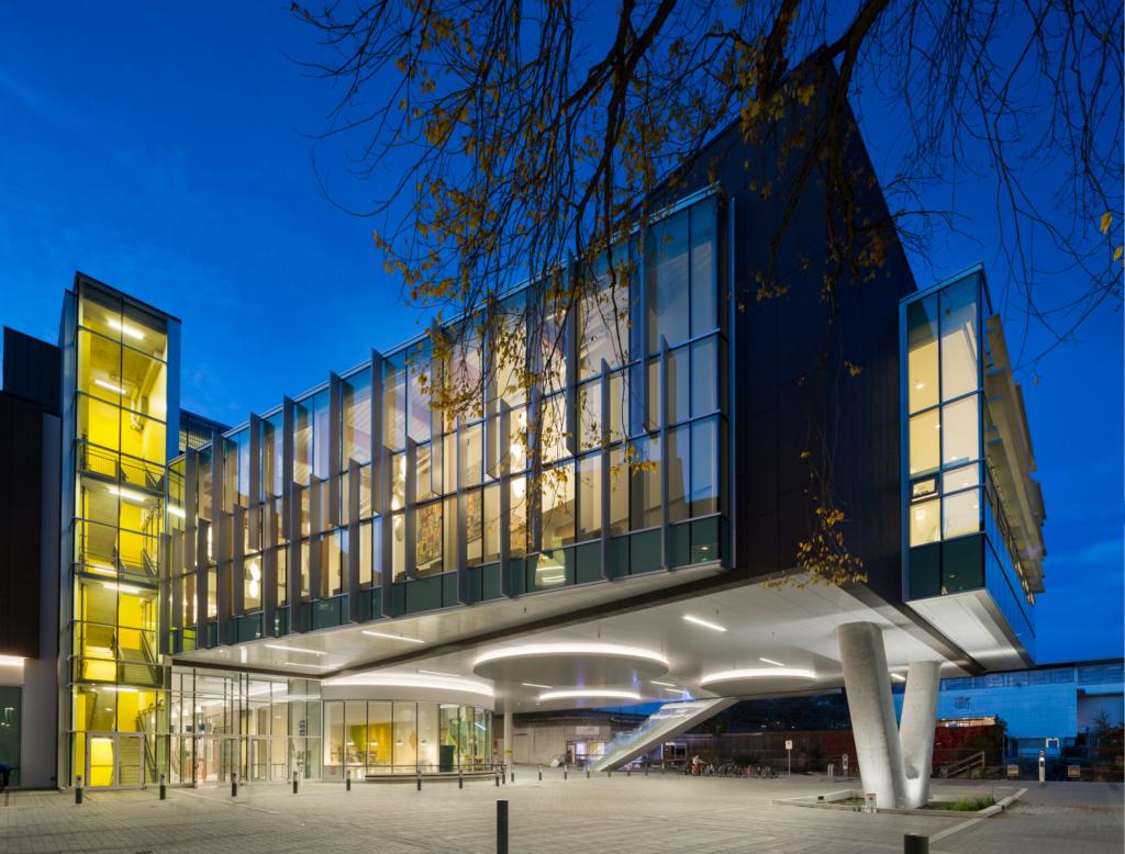 Đại học British Columbia đạt được nhiều thành tích trong suốt quá trình hoạt động.