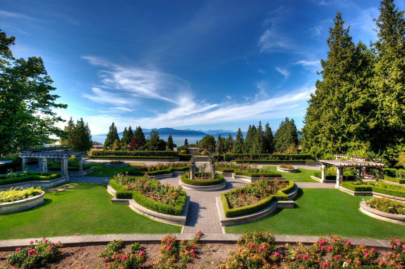 Khuôn viên Vancouver tuyệt đẹp của đại học British Columbia.