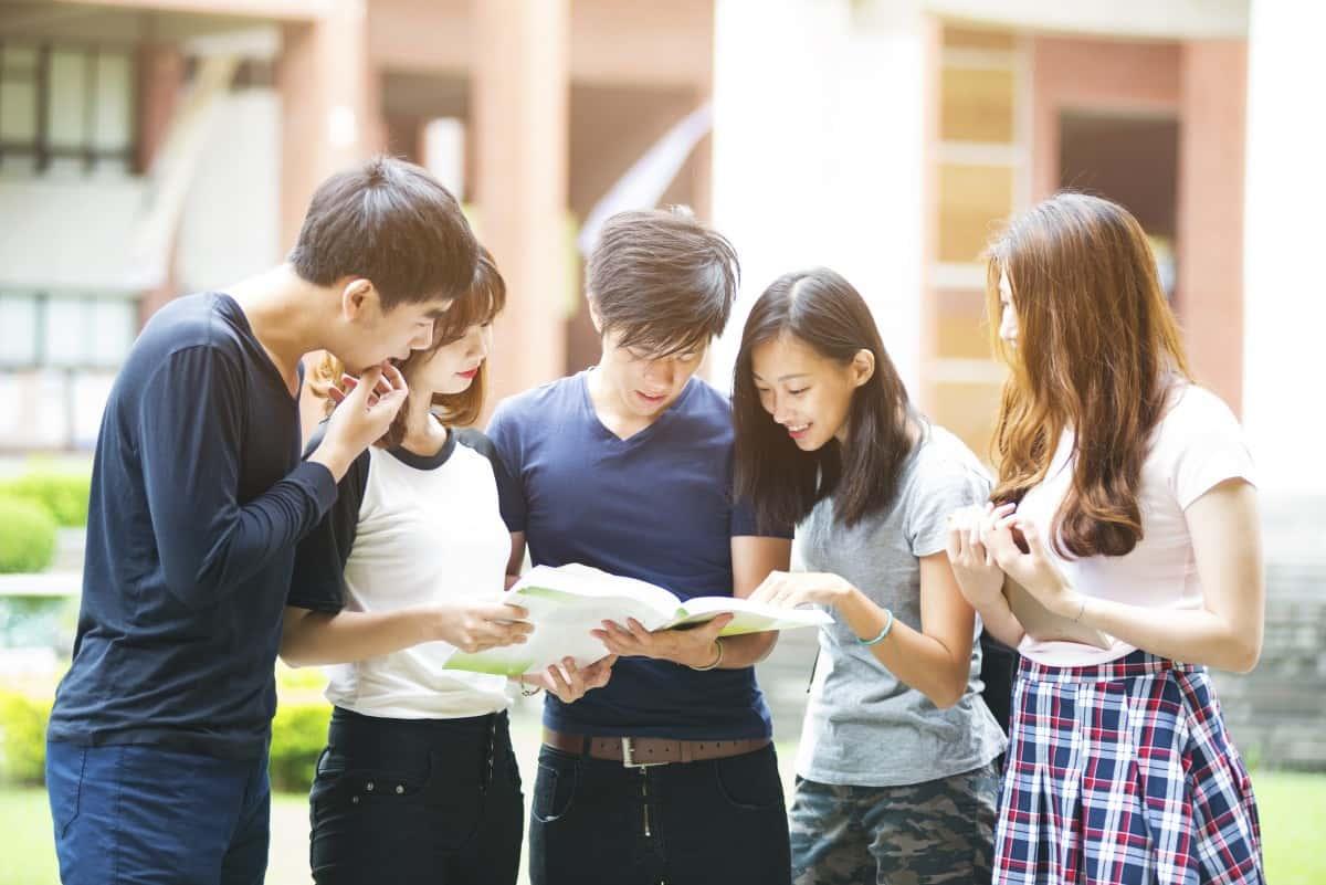 Có nhiều sinh viên Việt Nam theo học tại Cảnh Văn nên bạn sẽ dễ dàng hòa nhập