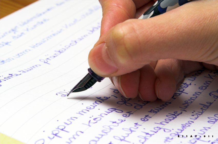 Làm IELTS Writing Task 2