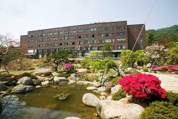Khuôn viên trường cao đẳng Suncheon Cheil